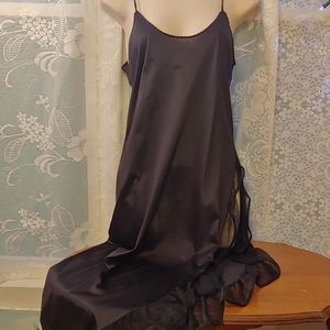 Vintage sexy black ruffled negligee nightgown